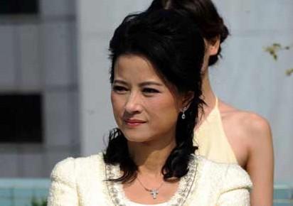 黎燕珊担任2012亚洲小姐竞选首届导师