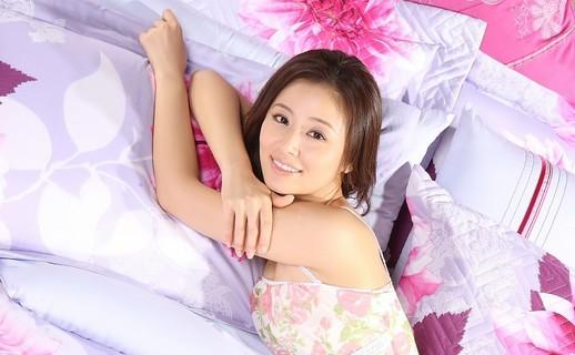 女星超嫩美照排行 林心如秒杀王祖贤
