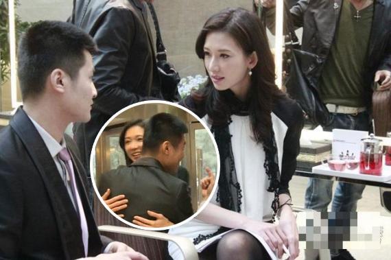 林志玲录影遭保安强抱 强颜欢笑表情尴尬