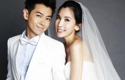 520网络情人节 盘点和粉丝结婚的明星(图)