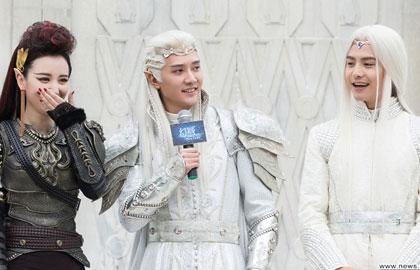 《幻城》首次探班 冯绍峰把关监制自信满满