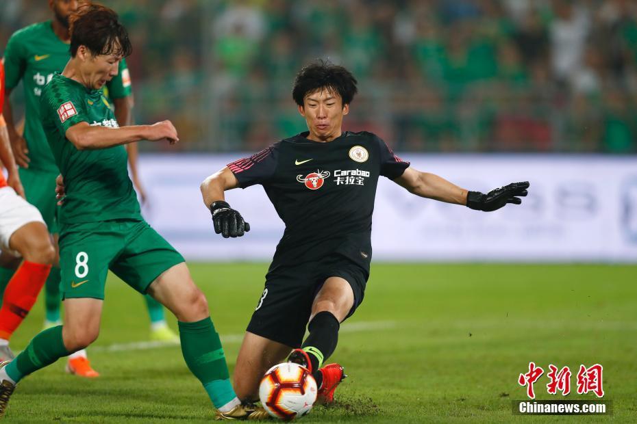 体育资讯_中超联赛 北京中赫国安2:1战胜北京人和_体育新闻